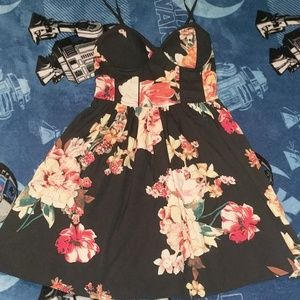 Floral babydoll dress with pockets